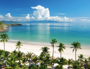trvl-rt-plane-thbbal5m-shutterstock_12713965_Beach-Scene--Tropics--Pacific-ocean