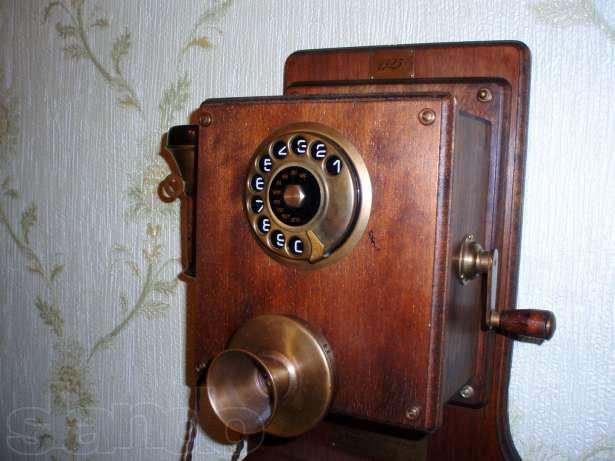 италия телефон